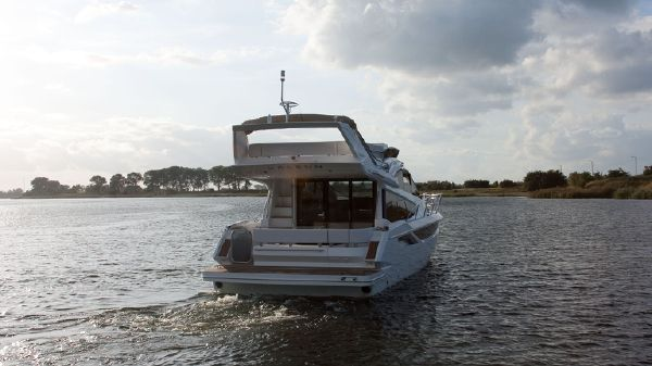 Galeon 420 Fly Manufacturer Provided Image: Galeon 420 Fly
