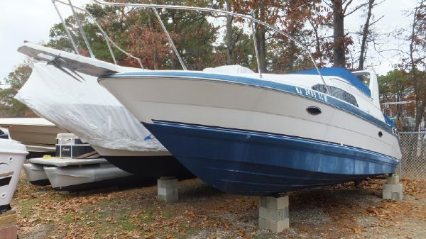 Bayliner 2755 Sunbridge w 2019 ENGINE