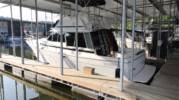 Bayliner 3270 Explorer