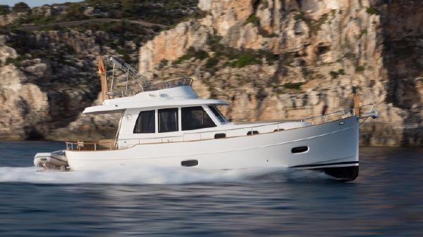 Sasga Yachts Menorquin 42 Flybridge