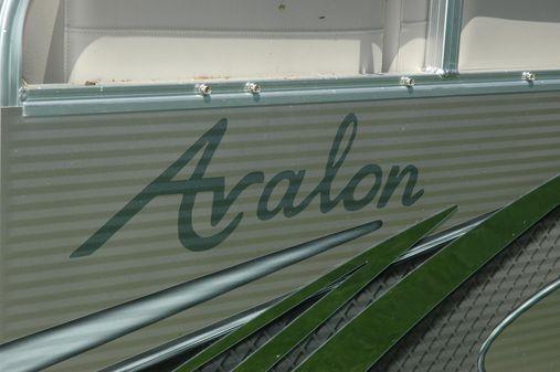Avalon VENTURE CRUISE image
