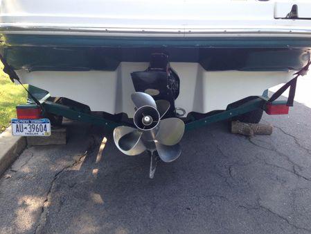 Sea Ray 220 Bow Rider image