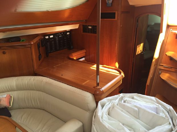 2009 Jeanneau Sun Odyssey 54 DS For Sale Brokerage