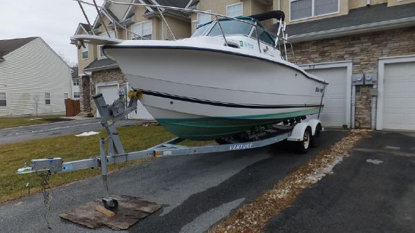 Sea Pro 235 Walk Around w TRAILER