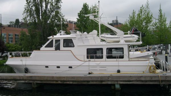 Navigator-Californian 48 LRC Pilothouse Portside View