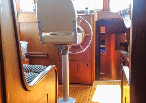 Nauticat 36 image