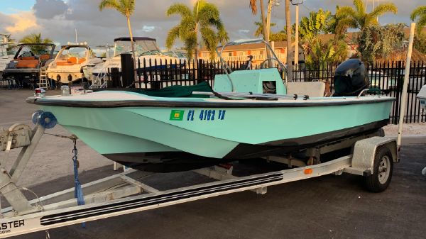 Boston Whaler 17 Neutak