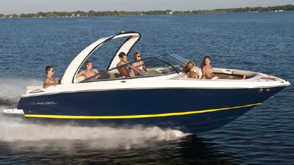 Regal 2700 ES Bowrider Manufacturer Provided Image