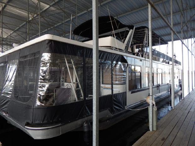 1994 Sumerset Houseboat 70' X 16'