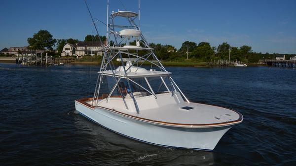 Jersey Cape Devil 36 Starboard Fwd profile