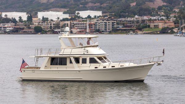 Offshore 48 Sedan