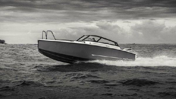 XO Boats 250 OPEN XO 250 OPEN