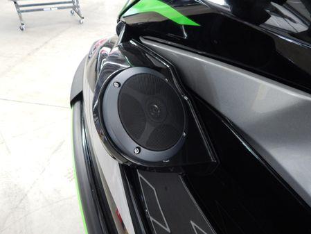 Kawasaki STX 160 LX image