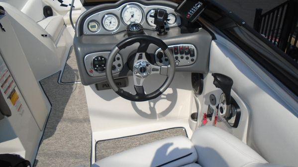 Ebbtide 2640 Z-Trak SS Bow Rider image
