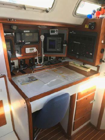 1990 J Boats BoatsalesListing Broker
