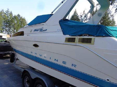 Bayliner 2755 image