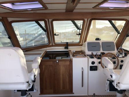Sabre 42 Express image