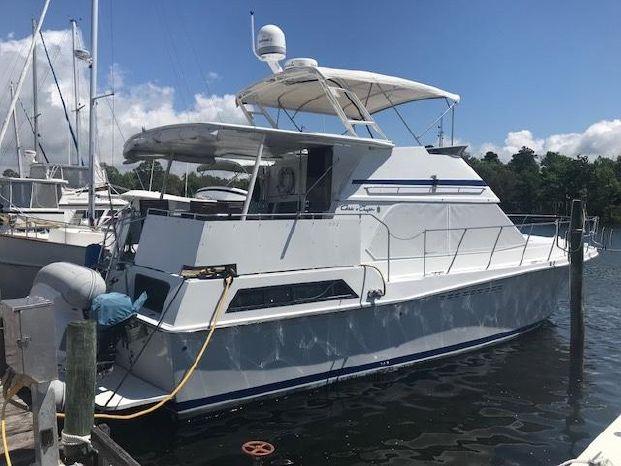 1988 Chris-Craft Catalina 426 Niceville, Florida - Bluewater