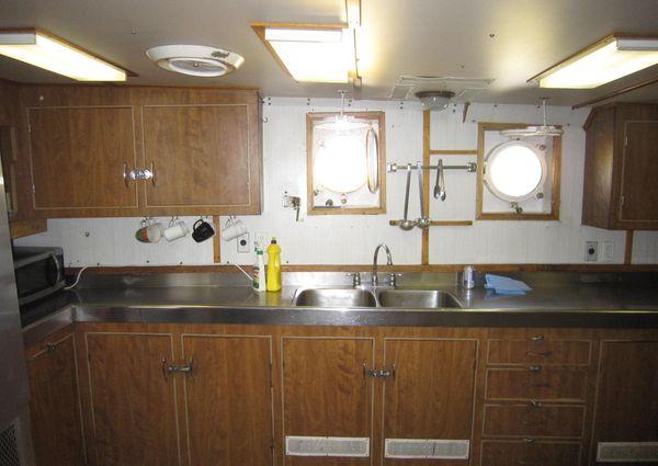 Explorer Yacht image
