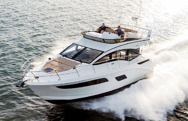 2019 Sea Ray Fly 400