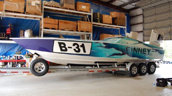 Larry Smith WellCraft Scarab 31 Viper