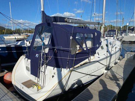 Beneteau Oceanis 323 image