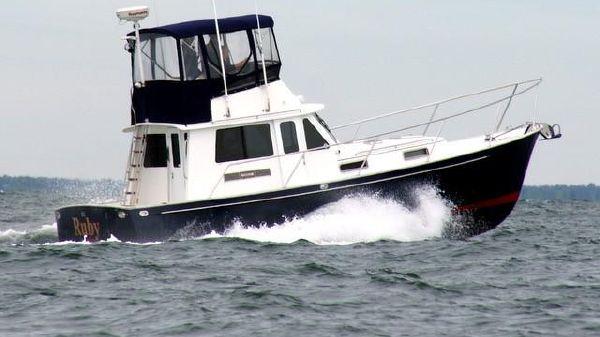 Legacy Yachts 34 Flybridge