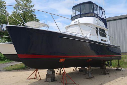 Legacy Yachts 34 Flybridge image