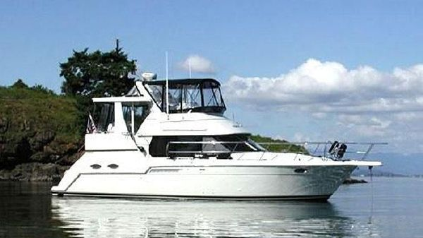 Carver 356 Aft Cabin Motor Yacht SISTERSHIP at Anchor