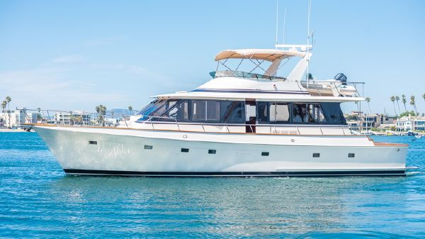 Offshore Yachts Flush Deck Motor Yacht
