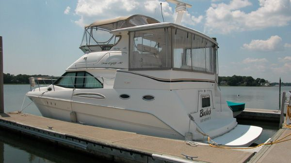 Sea Ray 380AC