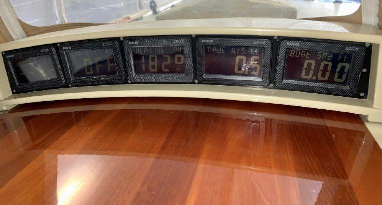 1998 W-Class Broker BoatsalesListing