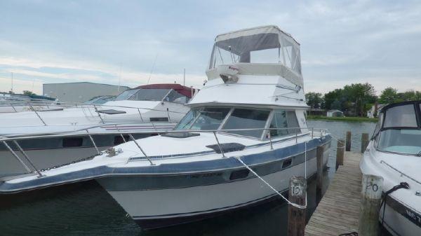 Cruisers Yachts 298 Villa Vee