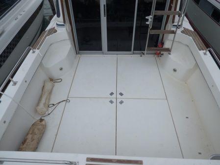 Cruisers Yachts 298 Villa Vee image