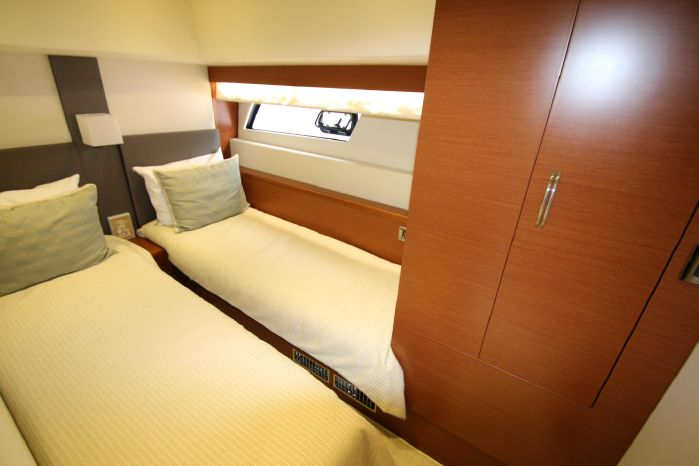 2014 Prestige Yachts 550 Buy Massachusetts