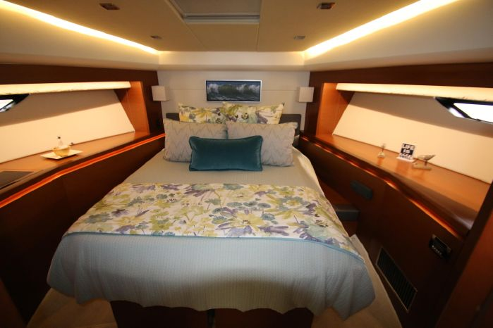 2014 Prestige Yachts 550 Buy Connecticut