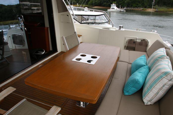 2014 Prestige Yachts 550 Purchase Brokerage