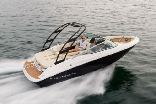 Regal 2000 ES Bowrider image