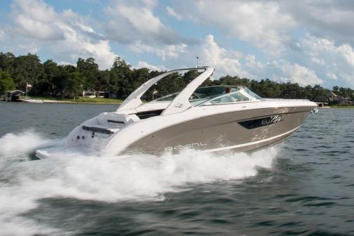 Regal 3300 Bowrider image