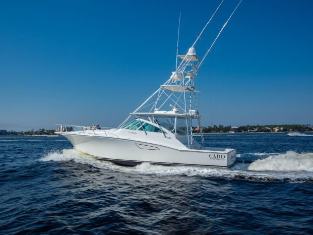 2010 Cabo Yachts