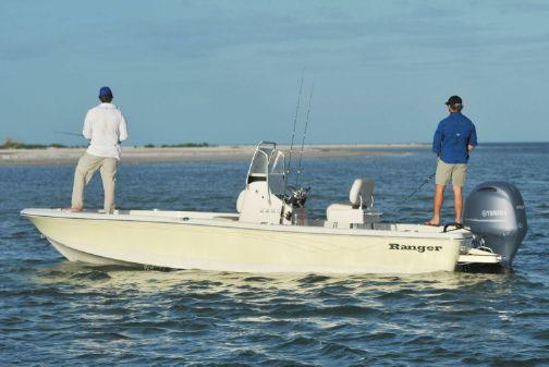 Ranger 2260 Bay image