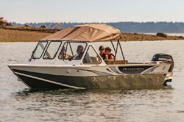Duckworth 20 Pacific Navigator Sport - main image