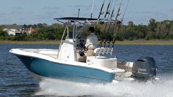 Pioneer 222 Sportfish