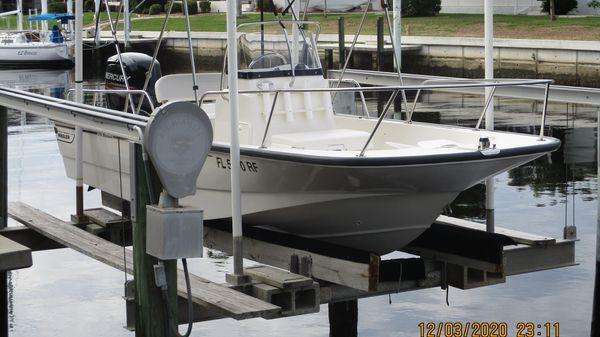 Boston Whaler Montauk 17 CC