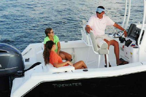 Tidewater 220 CC image