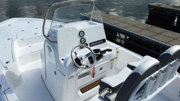 Tidewater 2110 BAY