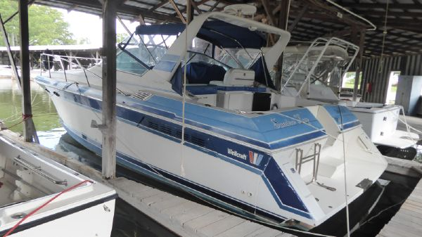 Wellcraft 34' Gran Sport Express Cruiser