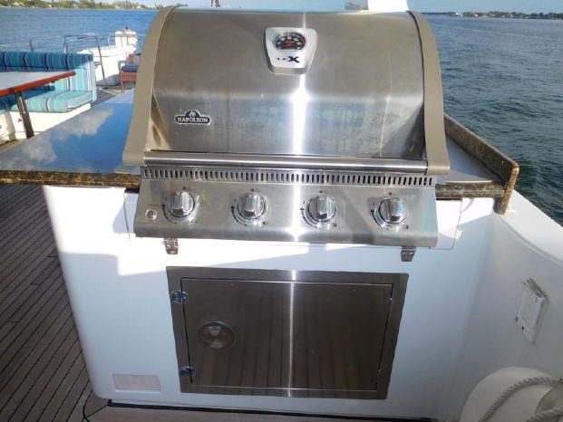 2001 Custom Broker BoatsalesListing