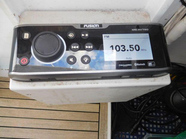 2001 Custom Broker Sell