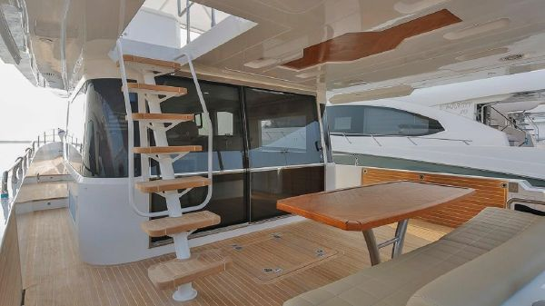 Gulf Craft Nomad 55